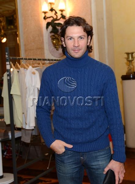 Рождественская распродажа в посольстве Италии в Москве